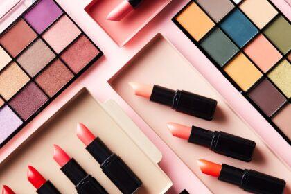 makeup kits various colors